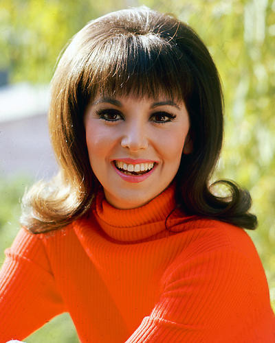 This is an image of 248348 Marlo Thomas Photograph & Poster