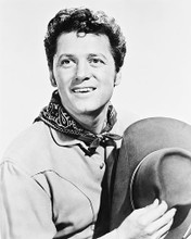This is an image of 167417 Gordon Macrae Photograph & Poster