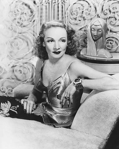 This is an image of 171558 Marlene Dietrich Photograph & Poster