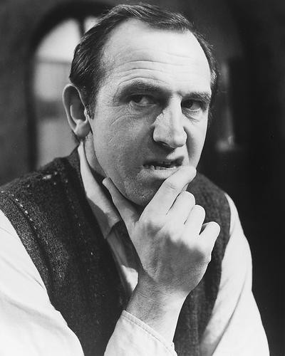 This is an image of 172123 Leonard Rossiter Photograph & Poster