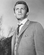 This is an image of 172132 Roy Thinnes Photograph & Poster