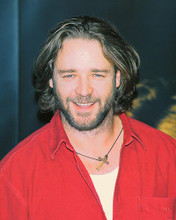 This is an image of 252331 Russell Crowe Photograph & Poster