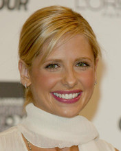 This is an image of 254438 Sarah Michelle Gellar Photograph & Poster