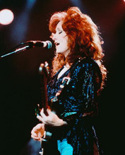This is an image of 238933 Bonnie Raitt Photograph & Poster