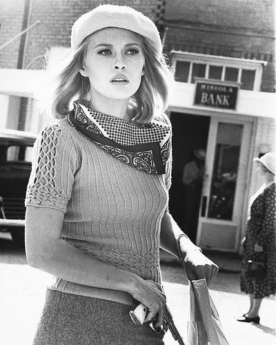 This is an image of 172546 Faye Dunaway Photograph & Poster