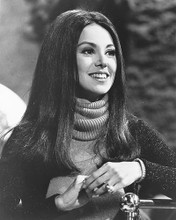 This is an image of 172589 Marlo Thomas Photograph & Poster