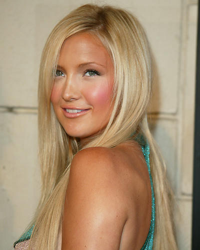This is an image of 255946 Kate Hudson Photograph & Poster
