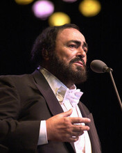 This is an image of 258021 Luciano Pavarotti Photograph & Poster
