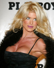 This is an image of 258061 Victoria Silvstedt Photograph & Poster