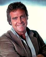 This is an image of 256809 Lee Majors Photograph & Poster