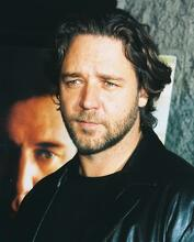 This is an image of 250153 Russell Crowe Photograph & Poster