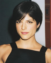 This is an image of 251418 Selma Blair Photograph & Poster