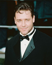 This is an image of 251890 Russell Crowe Photograph & Poster