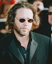 This is an image of 251891 Russell Crowe Photograph & Poster