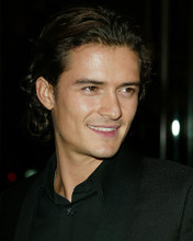 This is an image of 262710 Orlando Bloom Photograph & Poster