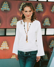 This is an image of 252878 Natalie Portman Photograph & Poster