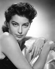 This is an image of 175397 Ava Gardner Photograph & Poster
