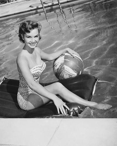 This is an image of 175551 Debbie Reynolds Photograph & Poster