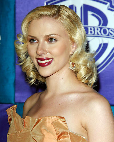 This is an image of 264368 Scarlett Johansson Photograph & Poster
