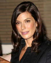 This is an image of 265246 Teri Hatcher Photograph & Poster