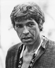 This is an image of 186816 James Coburn Photograph & Poster
