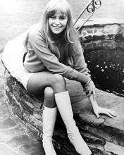 This is an image of 188348 Susan George Photograph & Poster