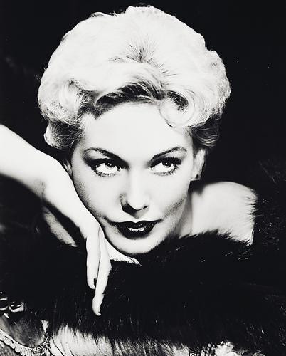 This is an image of 169127 Kim Novak Photograph & Poster