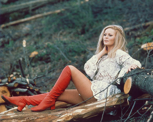 This is an image of 223942 Veronica Carlson Photograph & Poster