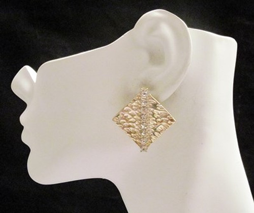 Stud Earrings-11584