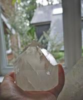 Clear quartz polished point (1442329094)