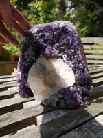 Amethyst geode with white calcite Uraguay (112059)