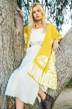 R7281 UMGEE Bohemian Cowgirl Tie Dye Print Handkerchief Kimono Honey