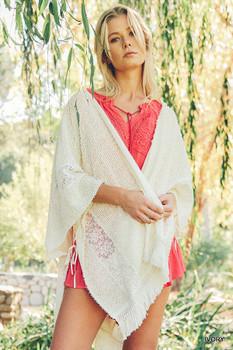 A2604 UMGEE Bohemian Cowgirl Kimono Style Cardigan with Fringe Details Ivory