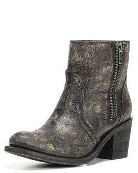 CORRAL BLACK DISTRESSED LEATHER ROUND TOE SHOE BOOTIE