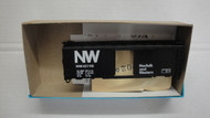 1025-3 (HO SCALE) Bev-Bel-66-1025-3 Norfolk and Western 40  Boxcar N and W 42198