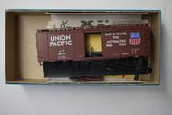 (HO SCALE) Bev-Bel-66-1038-2 Union Pacific 40  Single Door Boxcar UP 108787