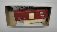 1388-2 (HO SCALE) Bev-Bel-66-1388-2 Pacific Great Eastern 40  Steel Single Door Boxcar PGE 4052