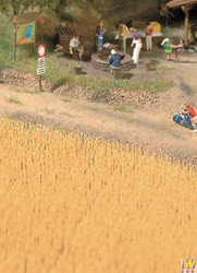 1143 (HO Scale) WAL-949-1143        Harvest Wheat Field