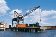 (HO Scale) WAL-933-3067        Pier/Traveling Crane