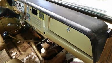 1966  1967 1968 1969 1970 1971 1972 1973 jeepster or commando dash pad