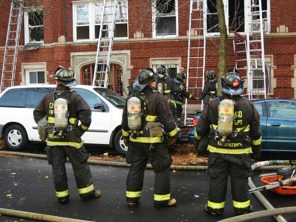 firefighters-424962-1920-resized.jpg