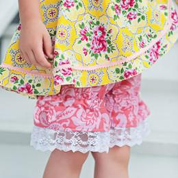 DreamSpun Balloon Shorts - Pink Damask