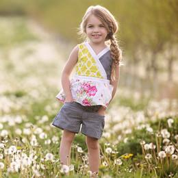 Persnickety Daffodils & Dandelions Hazel Short - Blue