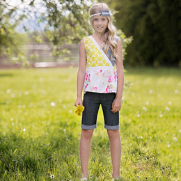 Persnickety Daffodils & Dandelions Nina Top - Multi