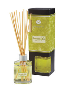 Hillhouse Naturals Honeysuckle & Moss Reed Diffuser