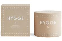 Skandinavisk Hygge 4-Wick Scented Vase Candle - Cosiness