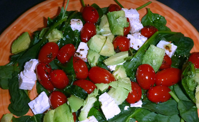Too easy tomato salad!