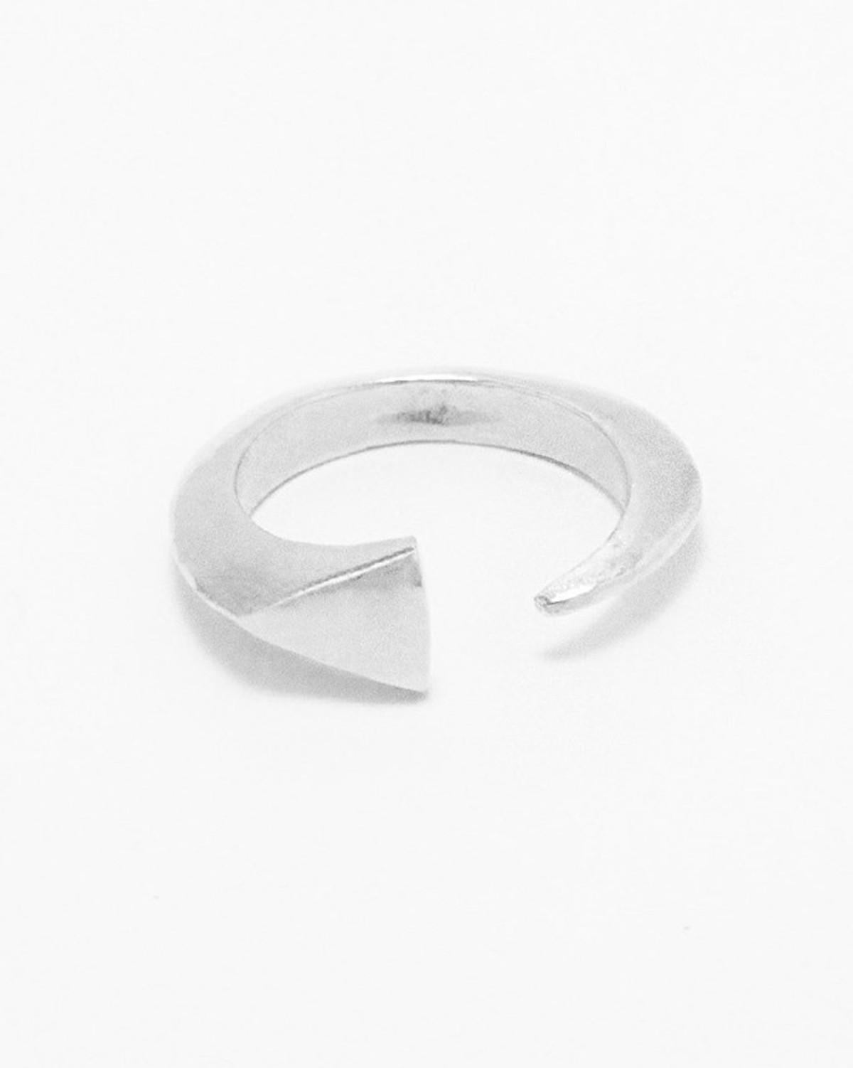 Tusk Ring