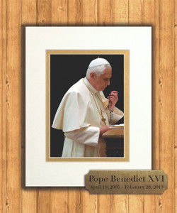 Pope Benedict Praying Rosary 8x10 Matted Print with Commemorative Plate
