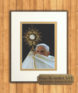 Pope Benedict with Monstrance 8x10 Matted Print with Commemorative Plate